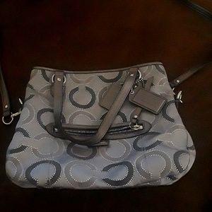Beautiful gray Coach handbag EUC!